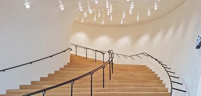 Elbphilharmonie-Aufgang zum großen Konzertsaal