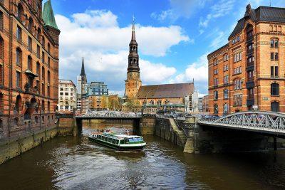 Hamburg Speicherstadt Führung Barkasse Hafenrundfahrt